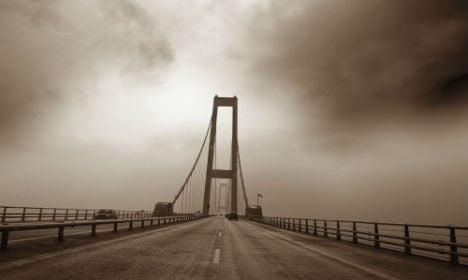 Danish bridge reopens after bad weather