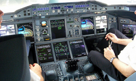 Airlines rush to bring in two-person cockpit rule