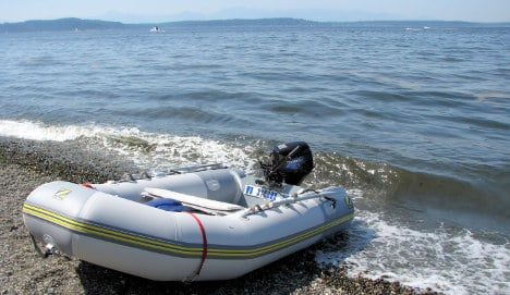 French drunk gives kiss of life to 'dying' dinghy