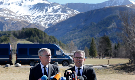 Lufthansa promises long-term crash help