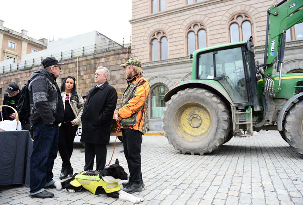 Rural Swedes protest 'fanatical urbanisation'