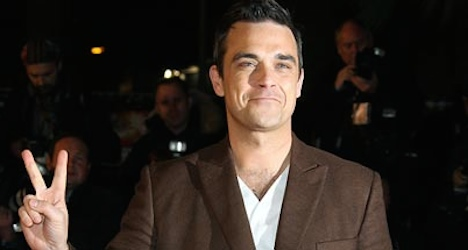 Robbie Williams lets cat out of bag on Paléo gig