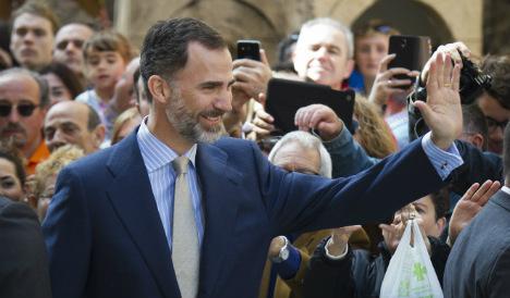 King Felipe in Lebanon after peacekeeper death