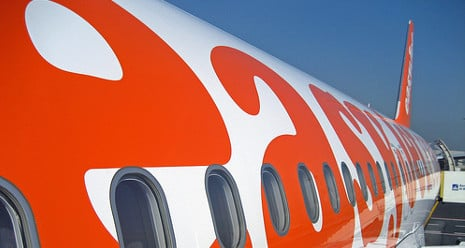 easyJet forced to land in Rome over sandwich row
