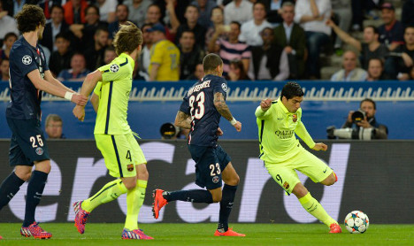 Irresistible Barcelona blow PSG away in Paris