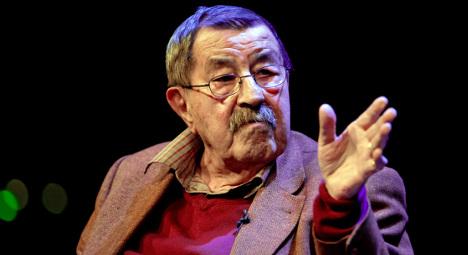 Nobel-winning author Günter Grass dies