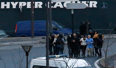 Paris terror hostages sue media over live coverage