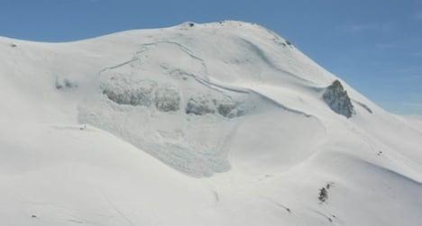 Second CERN club skier dies from avalanche