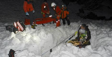 Austrian survives ten hours under avalanche