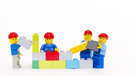 Austrian dad steals 120 Lego figures on day out