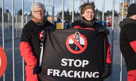 Greenpeace targets Danish fracking site