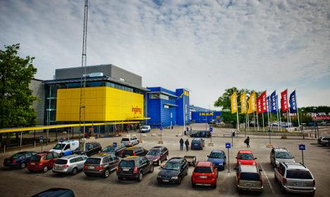 Ikea recalls safety gate after 'children hurt'