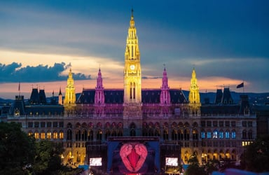 Stars head to Vienna's Life Ball charity event