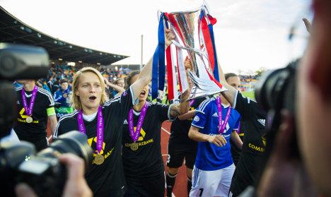 Frankfurt women lift 4th Champs League cup