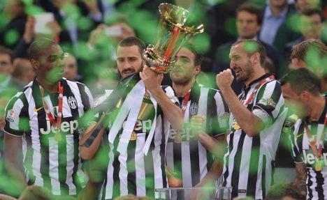 Matri's cup winner keeps Juve treble alive