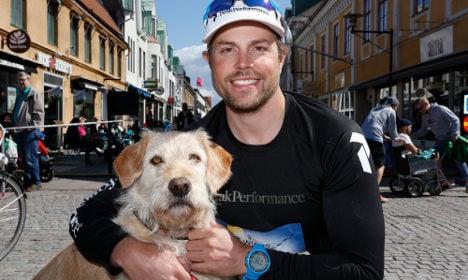 Ecuador stray dog Arthur in global charity race