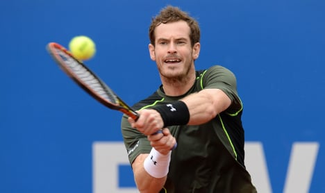 Andy Murray smashes through to Munich semis