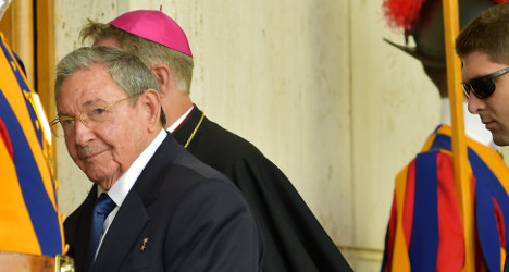 Cuba's Castro thanks pope for better US ties