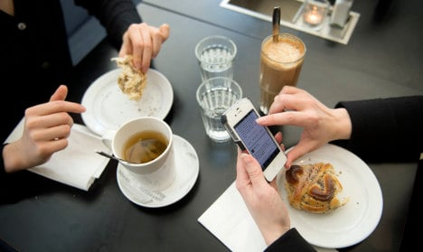 'Swedes need to ditch cakes at coffee time'