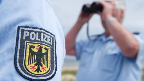 Police tighten borders ahead of German G7