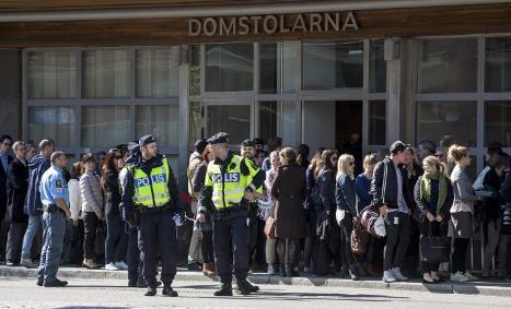 Bomb threat before Swedish Nazi trial