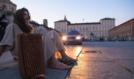 Jobless filmmaker roams Turin dressed as Jesus