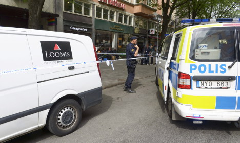 Armed robbers attack Stockholm money truck