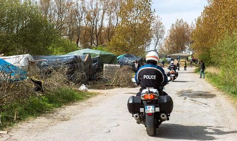 Police probe footage of Calais migrant attacks