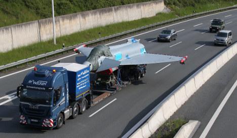 Slow-moving fighter jet blocks Autobahn traffic