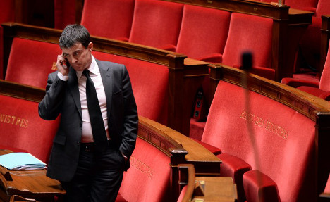 Pupil rings French PM Valls for homework help