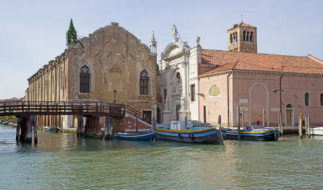 'Mosque' sparks trouble at Venice Biennale