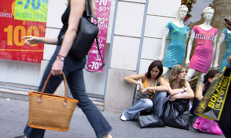 France tells shops: No more wildcard sales