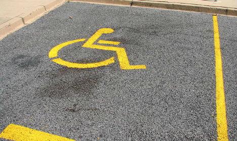 Armless man denied disabled parking spot