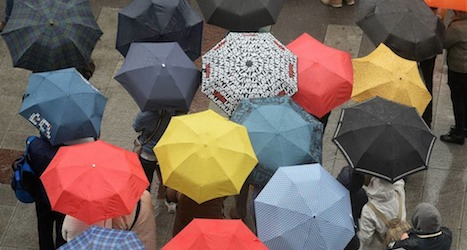 Temperatures set to drop after summery interval