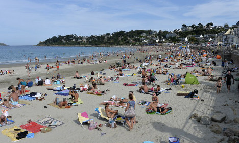Security fears hinder France's tourism boom