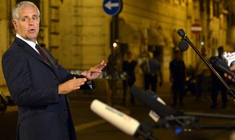 Italian senator in tantrum over missed Alitalia flight