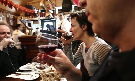 French are among world's heaviest drinkers
