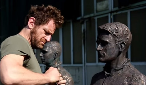 Snowden among statues unveiled in Berlin