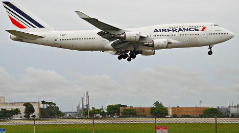 US fighter jets escort Air France flight after threat