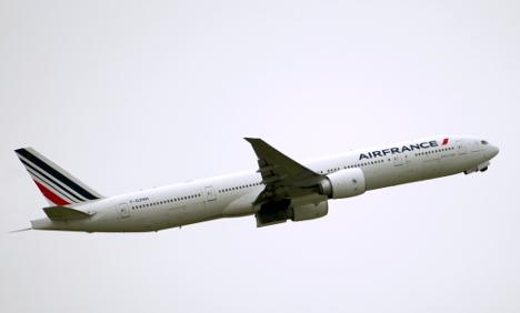 Air France flight has near miss with mountain