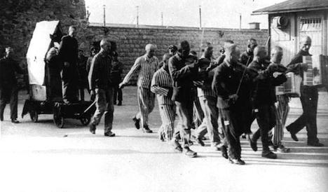 22,000 mark 70 years since Nazi liberation