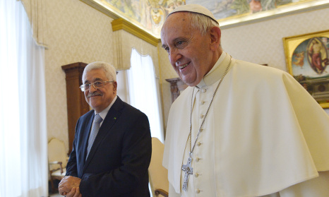 Abbas 'an angel of peace', claims Pope