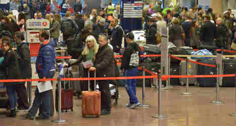 Swedish police called over airport luggage row