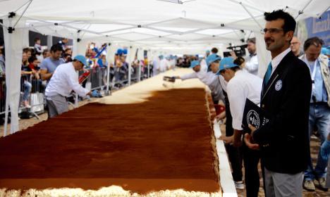 Italian town sets new Tiramisù record