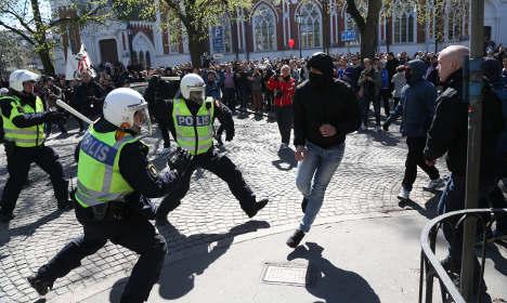 Cunning Swedish mayor keeps neo-Nazis at home