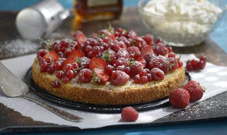 Raspberry dessert 'kills' Swedish pensioners