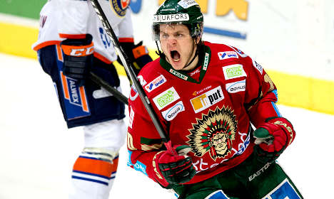Swedish ice hockey team reported for 'Indian' logo