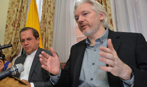 Swedish prosecutor cancels Assange talks