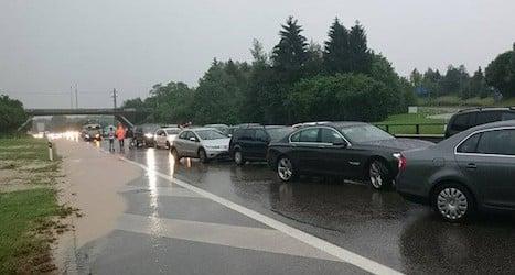 Heavy rain sparks fresh bout of flooding