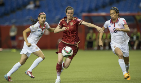 Spain's debutants draw in first World Cup match